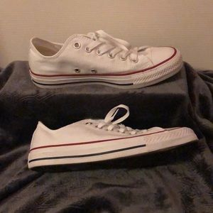 White all star converse